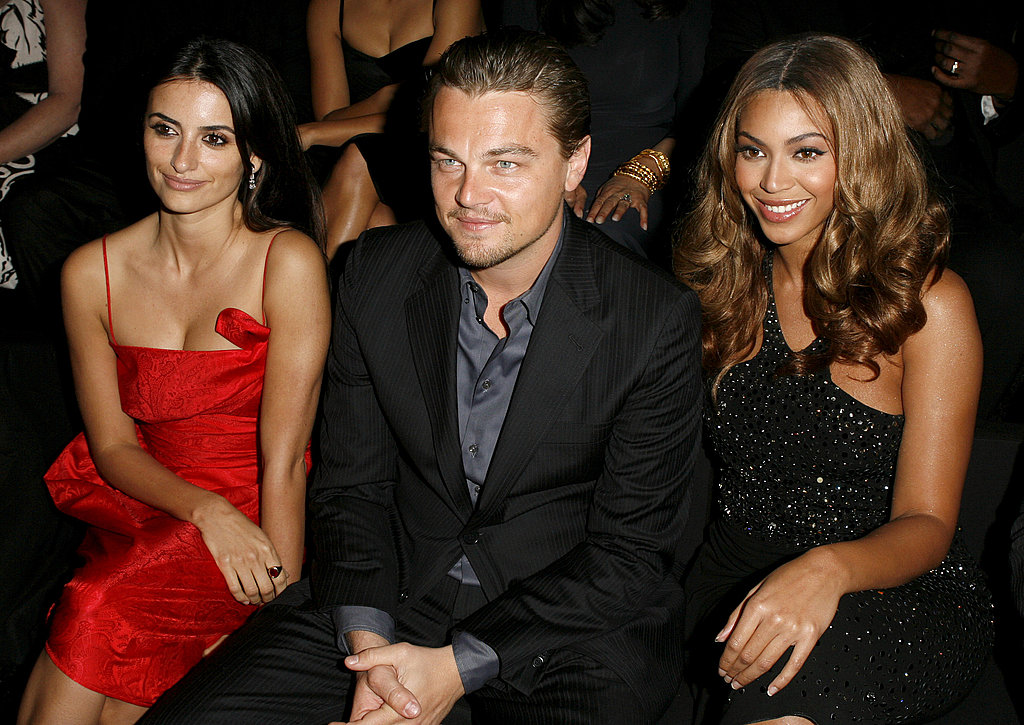 Leonardo DiCaprio was the center of a stunning sandwich at the Giorgio Armani Privé runway show in 2007, front row next to Penélope Cruz and Beyoncé.
