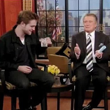 Robert Pattinson Talks About His Dog on Regis and Kelly