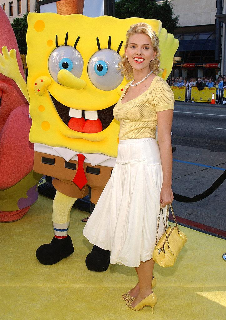 Scarlett posed with Spongebob Squarepants at the premiere of The Spongebob Squarepants Movie in 2004.