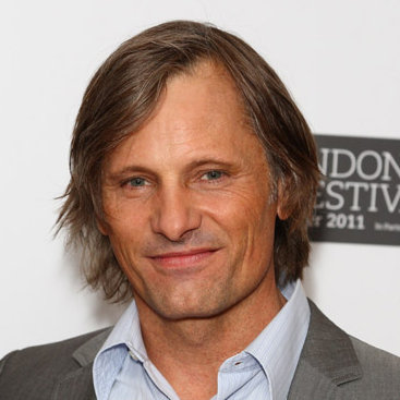 Viggo Mortensen earned a  million dollar salary - leaving the net worth at 30 million in 2018