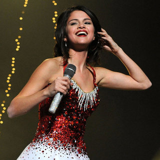 Celebrity Pictures Celebrating Christmas and Holiday Season 2011