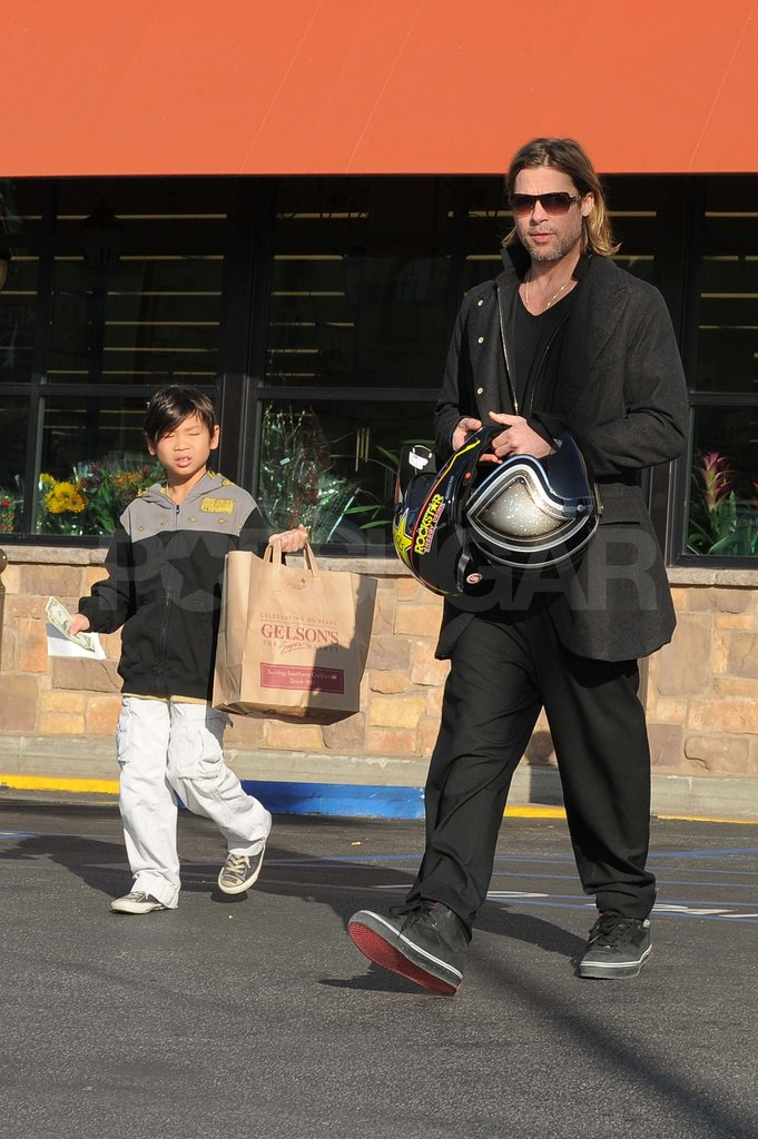 Brad Pitt and Pax Jolie-Pitt at the grocery store.