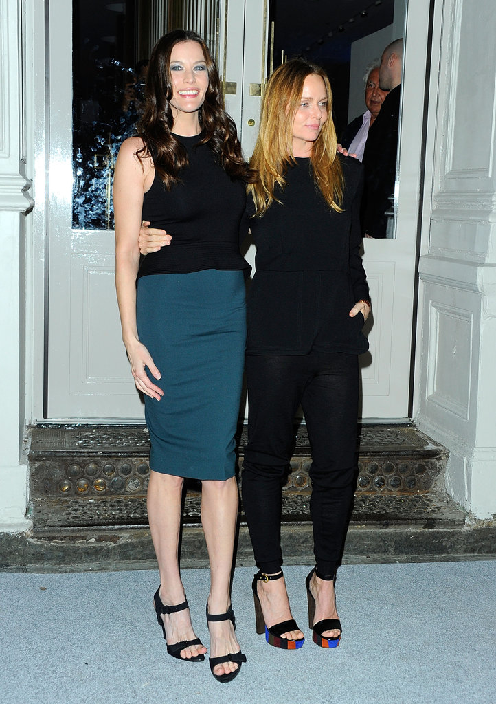 Stella McCartney posed with her friend Liv Tyler.