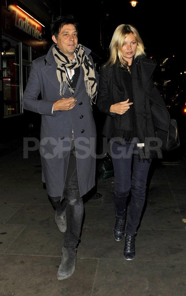 Kate Moss and Jamie Hince got romantic on Monday night in London.
