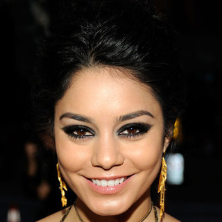 Vanessa Hudgens' Beauty Look at the 2012 People's Choice Awards