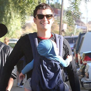Orlando Bloom Celebrates Birthday With Miranda and Flynn