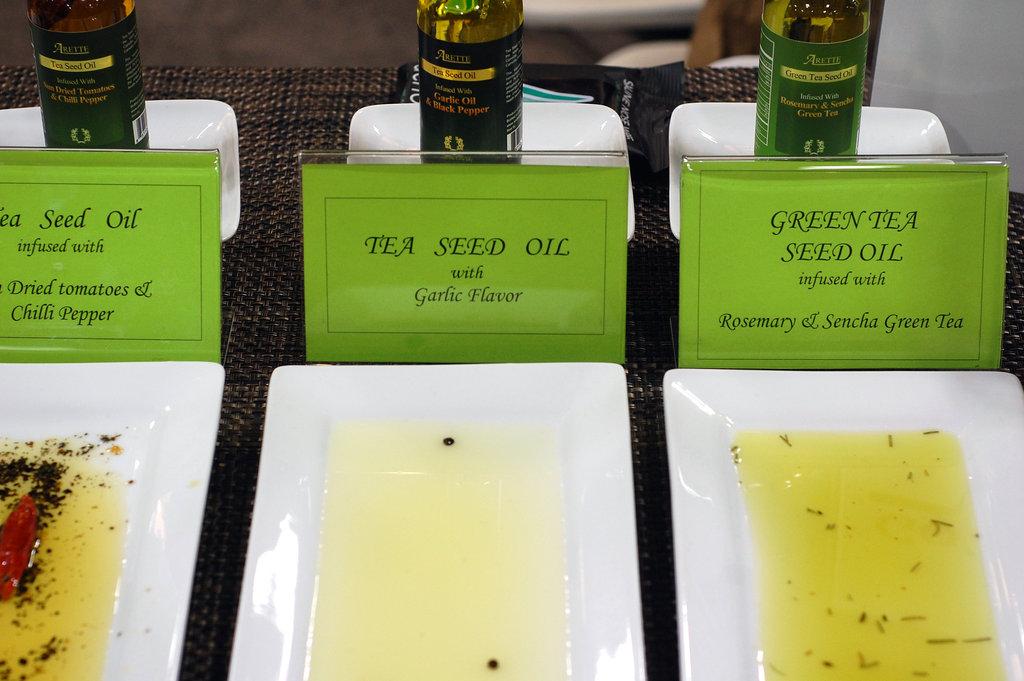 Arette Organic's Wild Tea Seed Oil