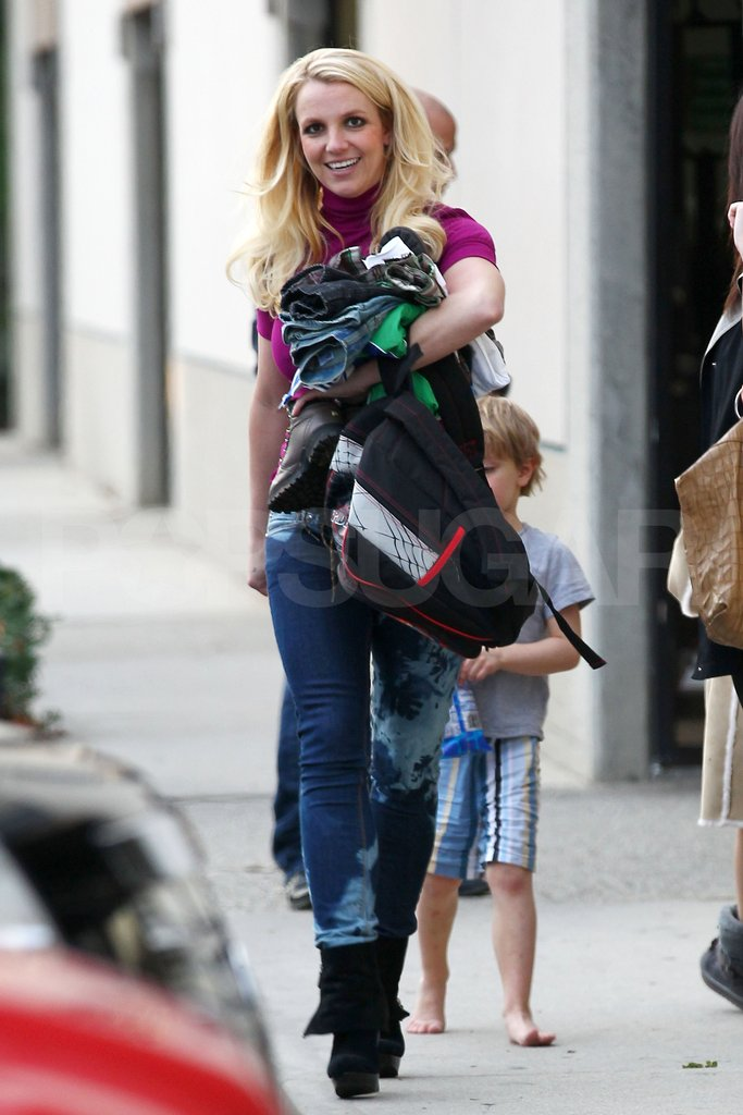 Britney Spears picked up her sons from school.
