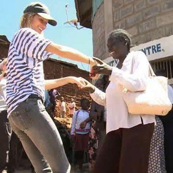 Gisele Bundchen Dancing in Kenya (Video)