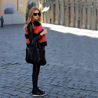 Sneakers Street Style Pictures Feb. 25, 2012