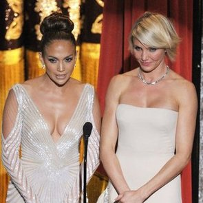 Jennifer Lopez Wardrobe Malfunction While Presenting With Cameron Diaz at 2012 Oscars