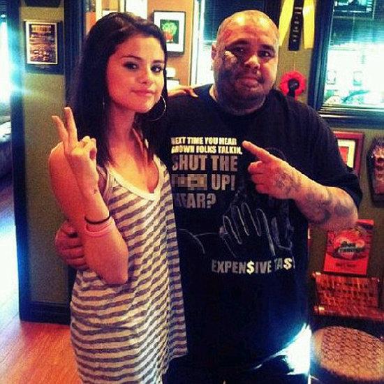 Selena Gomez Gets a Heart Tattoo