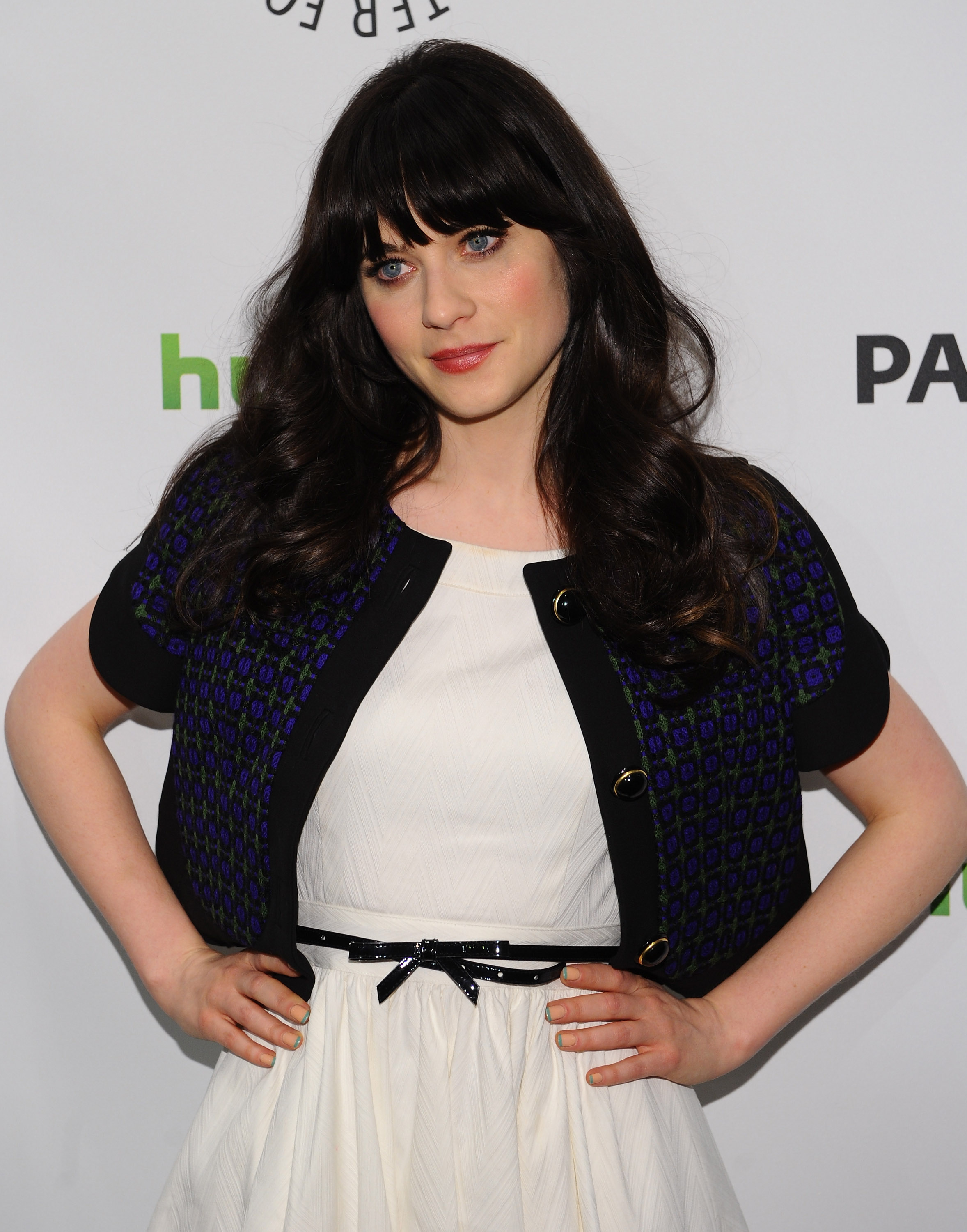 Zooey Deschanel said she'd love to have her sister Emily ...