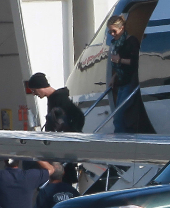 Jennifer Aniston and Justin Theroux touched down in LA.