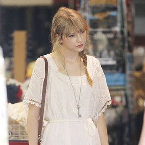 Taylor Swift Shopping in Melbourne Pictures