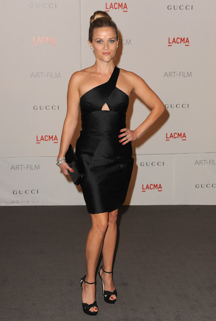 The actress tapped into her futuristic side in a black cutout Cushnie et Ochs dress in 2011.