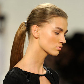 The Secrets to the Minimal Makeup Look