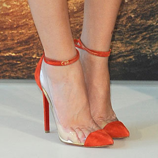 Test Your Celebrity Style Knowledge With Our Fun Accessories Quiz: Guess Who Wore These Designer Shoes, Bags and Clothes!