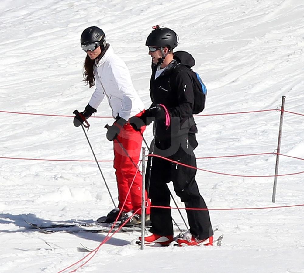 Katie Holmes & Suri Cruise's Ski Trip: See Adorable New ...