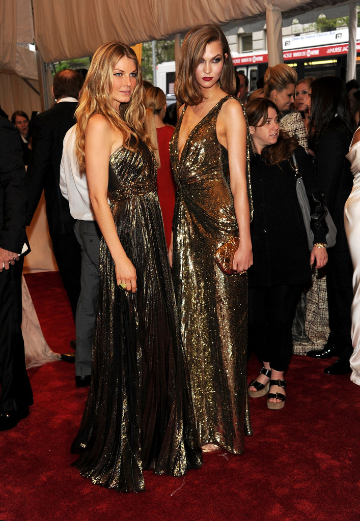 Angela Lindvall and Karlie Kloss