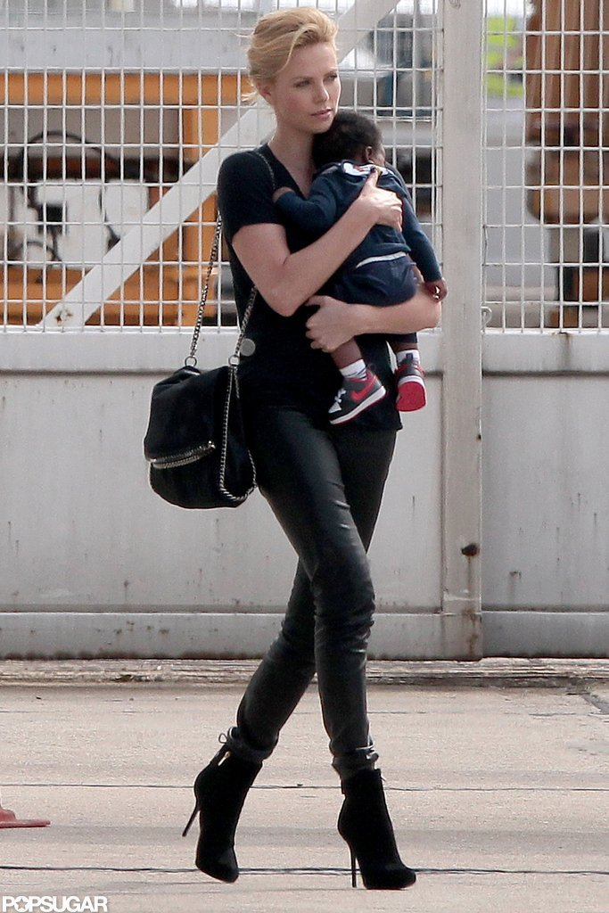 Charlize Theron boarded a private plane with Jackson.