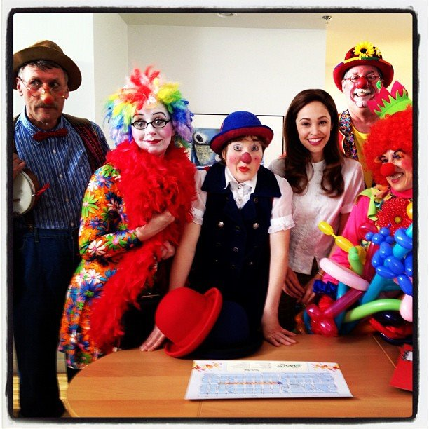 Autumn Reeser clowned around on the set.  Source: Instagram user autumn_reeser