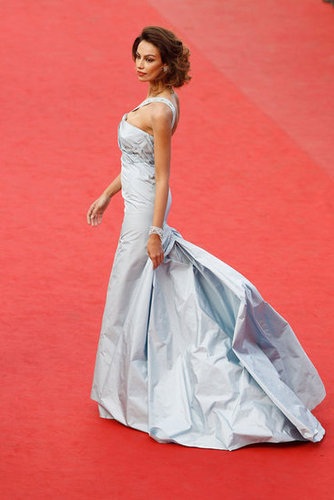 Madalina Ghenea wore an ice blue gown with a sexy mermaid silhouette to the Lawless premiere.