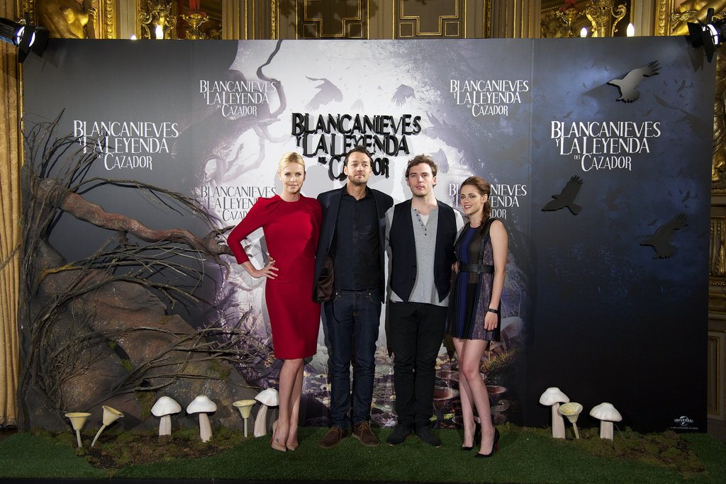 Charlize Theron, Rupert Sanders, Sam Claflin, and Kristen Stewart got together for the Snow White and the Huntsman photocall in Madrid.