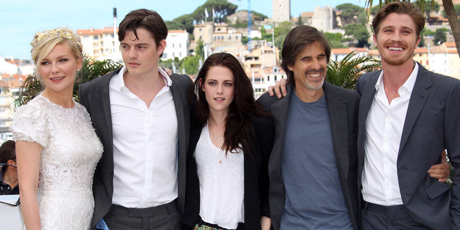 Kristen, Kirsten, Garrett and Sam Hit Cannes With the On the Road Crew