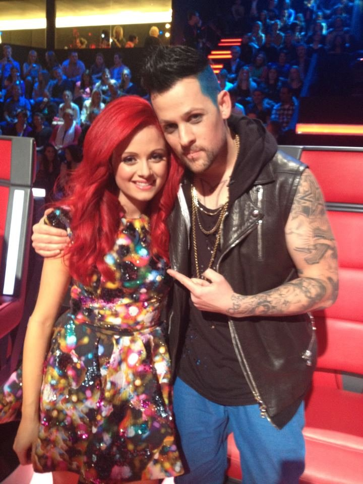 "The Voice's Sarah DeBono posed with her coach Joel Madden after her amazing performance of Beyoncé's ""Listen."" Source: Twitter user Sarah_DeBono"