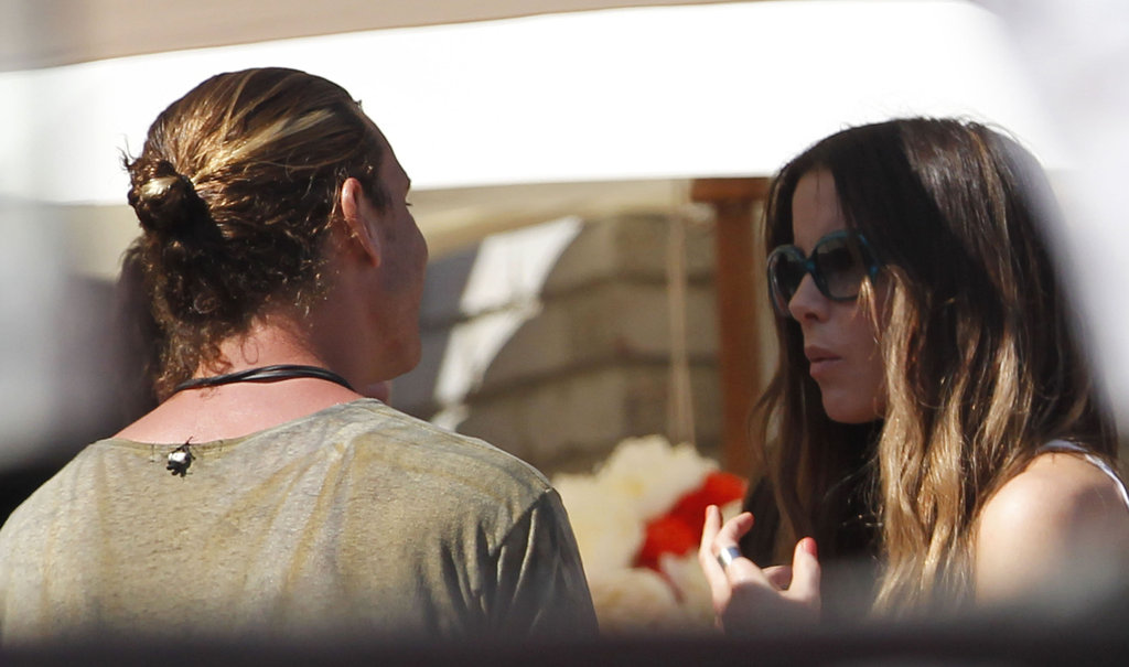 Gavin Rossdale chatted with Kate Beckinsale at a Memorial Day party at Joel Silver's house in LA.