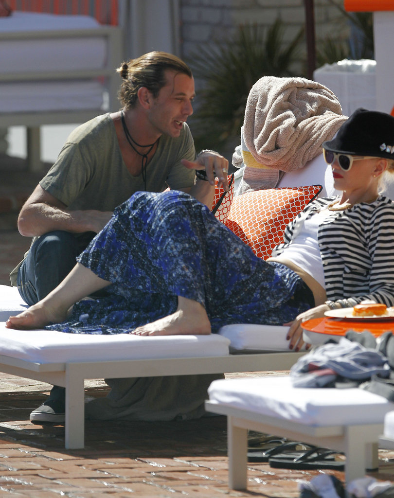 Gavin Rossdale and Gwen Stefani relaxed on lounge chairs on Memorial Day in LA.