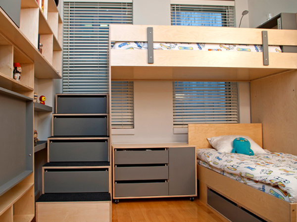 Liam and Dylan's Room For 3