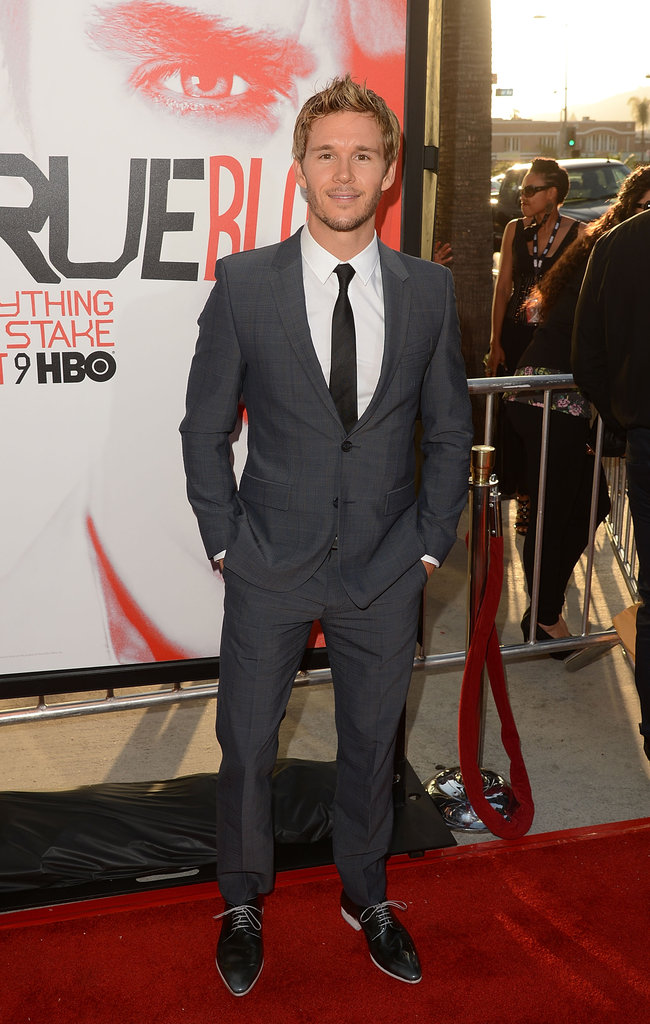 Ryan Kwanten tucked his hands in his pockets as he posed on the red carpet.