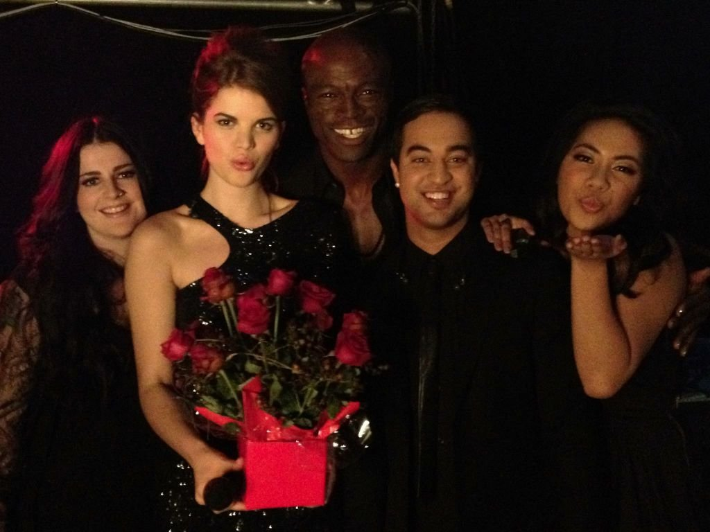 "Seal and his contestants on The Voice, Karise Eden, Emma-Louise Birdsall, Chris Sebastian and Fatai V, sang his iconic hit ""Kiss From a Rose"" together on the live show. Source: Twitter user TheVoiceAU"