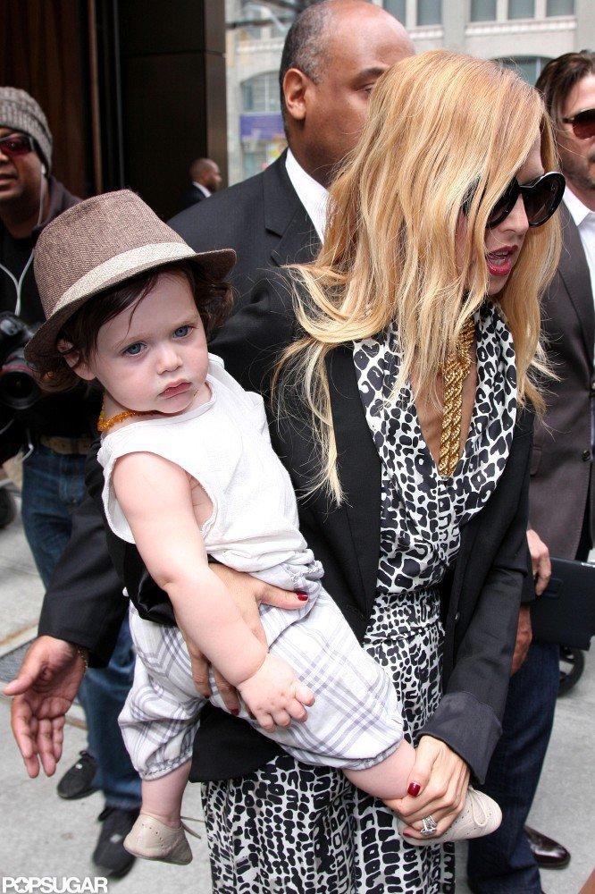 Rachel Zoe wore sunglasses and carried baby Skyler in NYC.