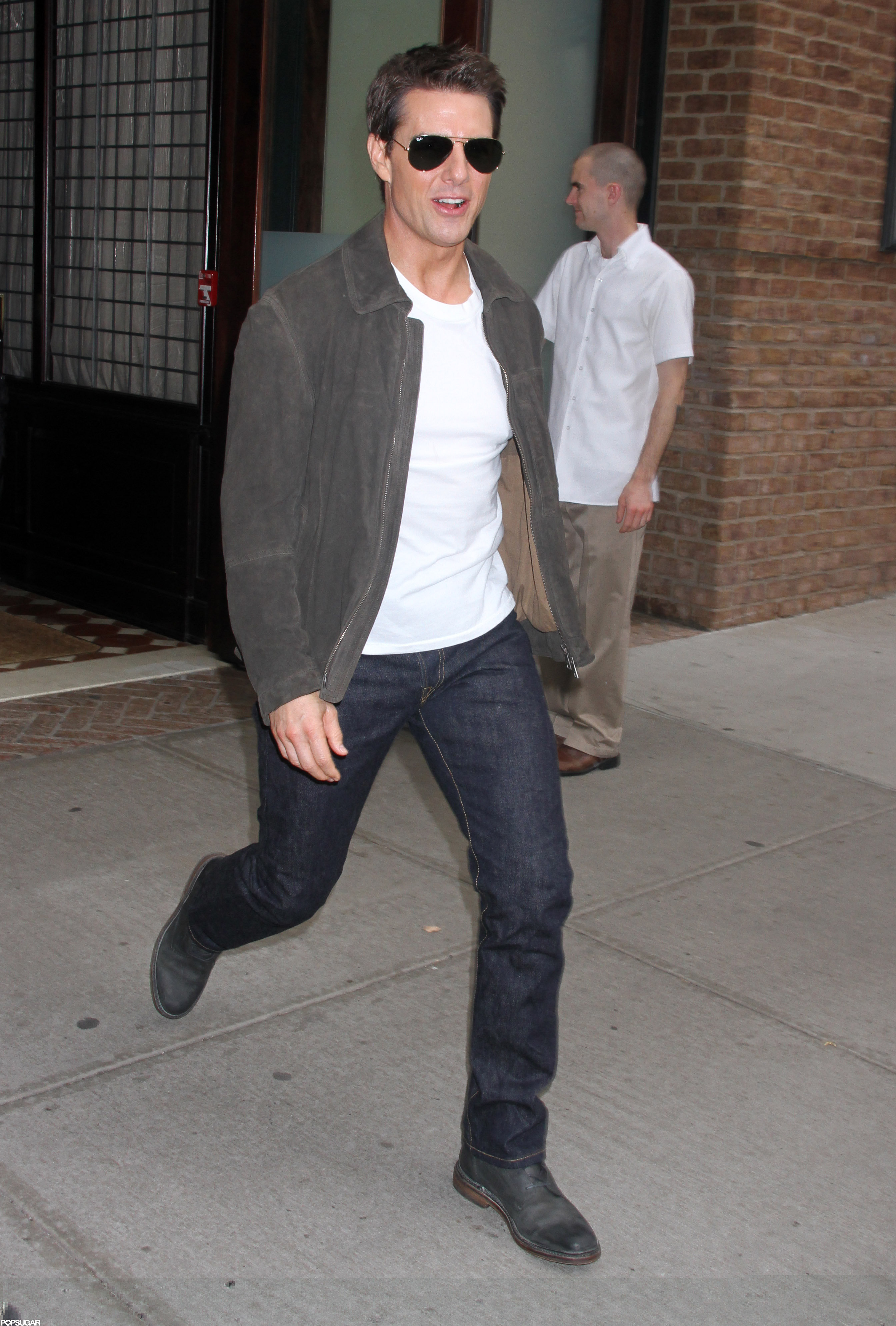 Tom Cruise walked fast to catch up with Suri.