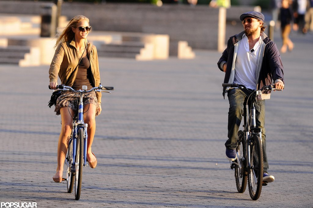 Leonardo DiCaprio and his Victoria's Secret Angel girlfriend, Erin Heatherton, enjoyed an afternoon together.