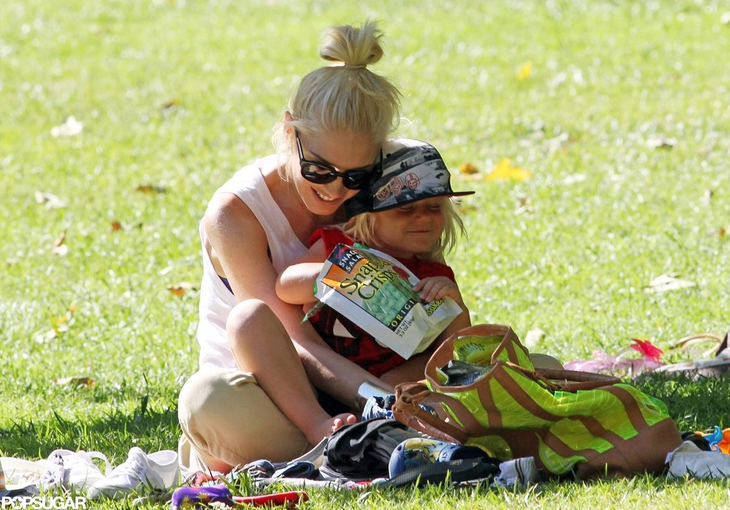 Gwen Stefani was all smiles with little Zuma in her lap.