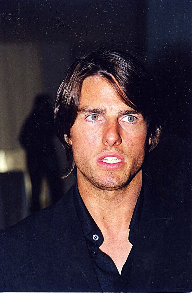 Tom Cruise looked good with a tan at the Esquire magazine party for Eyes Wide Shut in LA in September 1999.