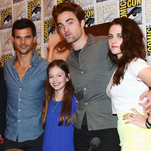 Breaking Dawn Part 2 Footage From Comic-Con