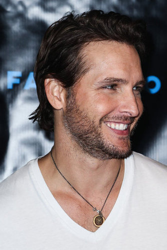 Peter Facinelli had a big smile on his face at the Breaking Dawn Part 2 party at Comic-Con.