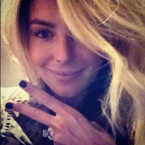 Jennifer Hawkins got her nails done. Source: Instagram user jenhawkins_