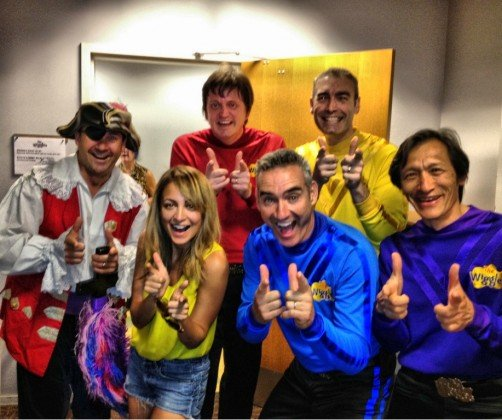Nicole Richie posed with the members of The Wiggles. Source: Twitter user nicolerichie