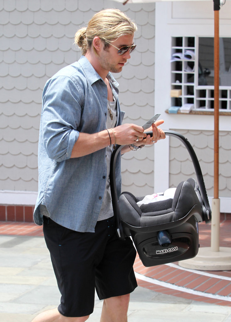 Chris Hemsworth went out with his daughter.