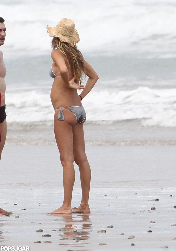 Pregnant Gisele Bundchen's bump was on display.