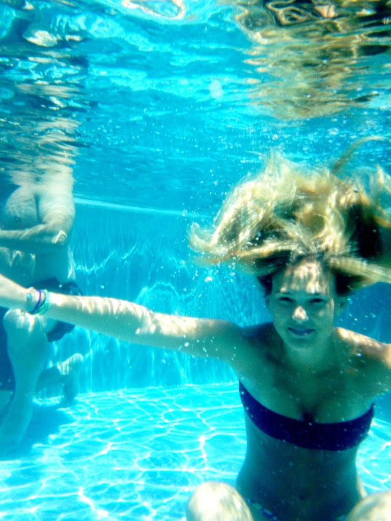 Bar Refaeli got her photo taken while taking a dip. Source: Twitter user BarRefaeli
