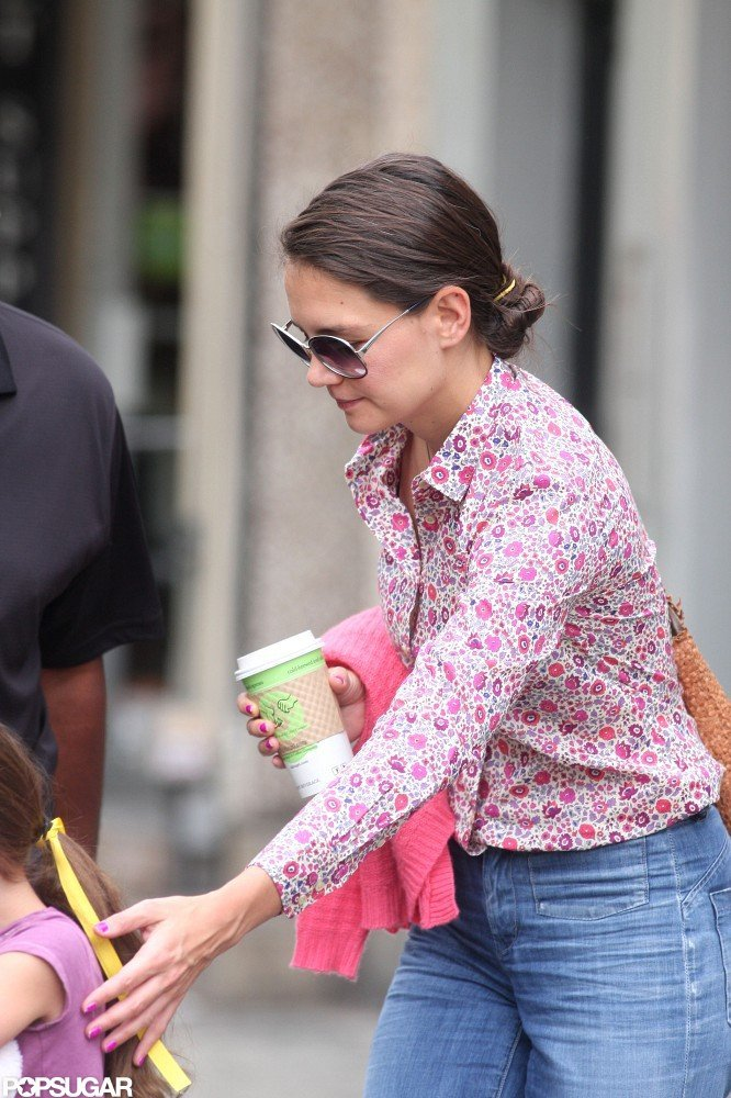 Katie Holmes wore pink.