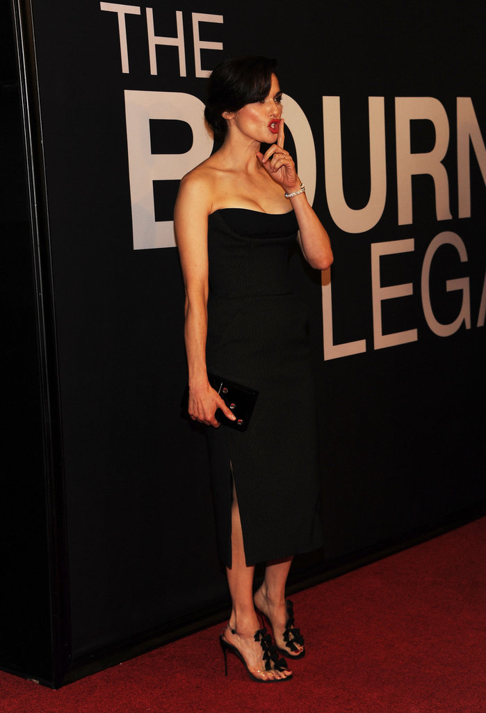 Rachel Weisz silenced the crowd at the world premiere of The Bourne Legacy in NYC.