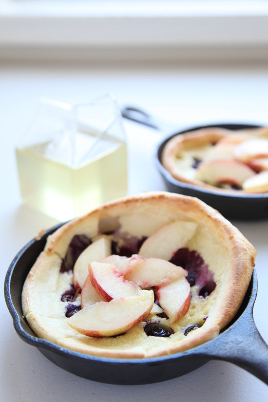 Individual Blueberry Nectarine Dutch Babies